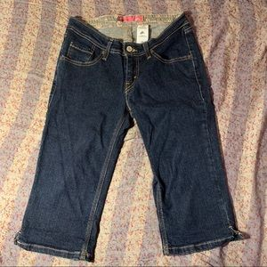 Junior Misses Levi Strauss Capri Jeans 9